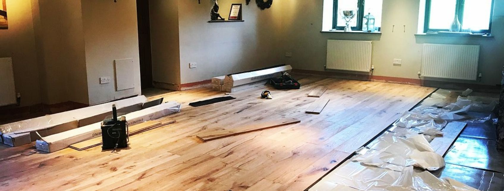Engineered oak flooring at The Tarr Farm Inn