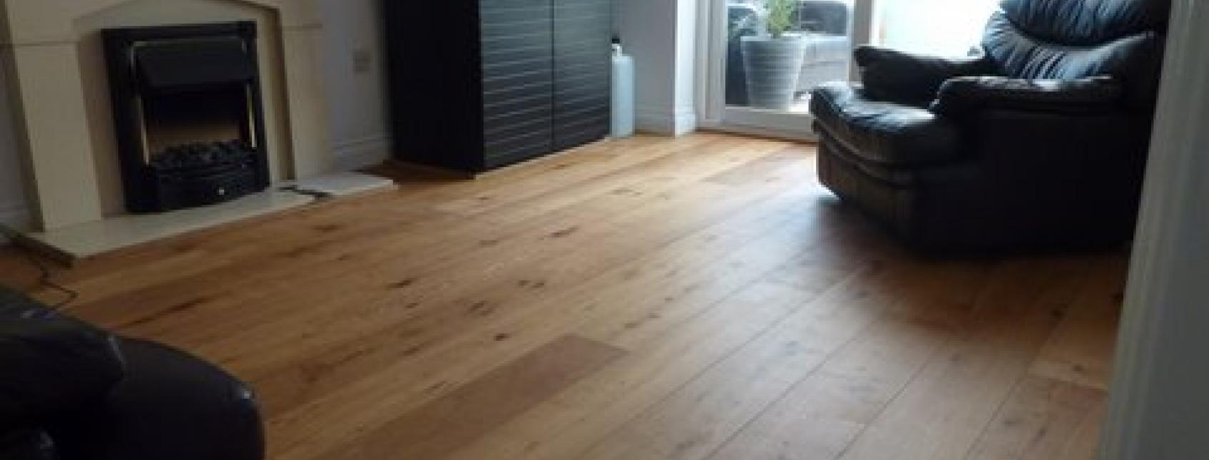 Llounge laid with engineered wood floorboards