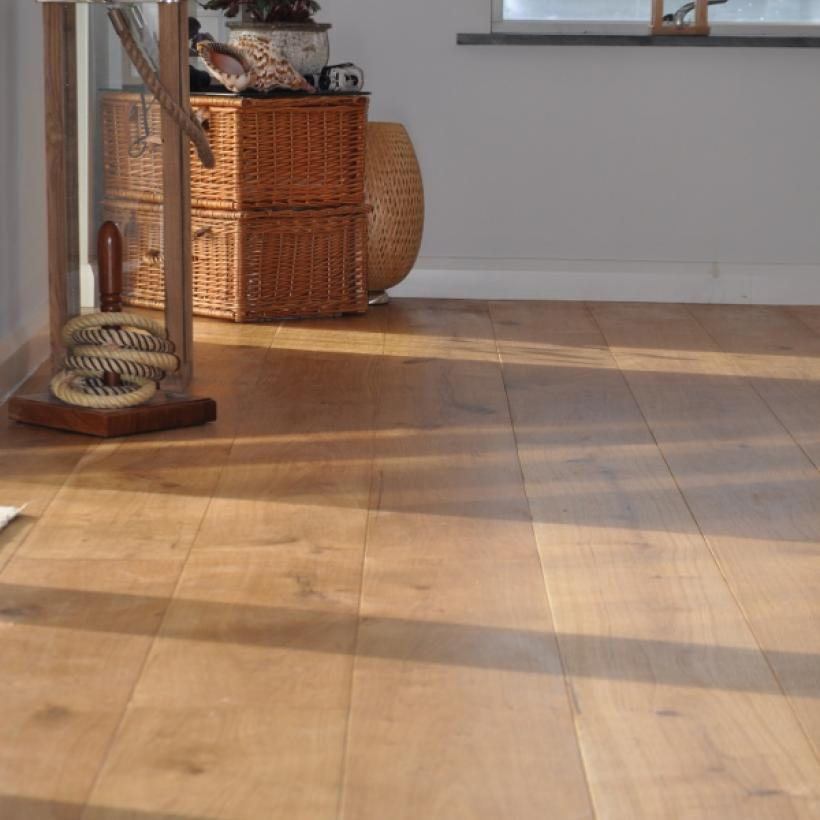 Quality, Thick Engineered Oak Floorboards from JFJ Flooring