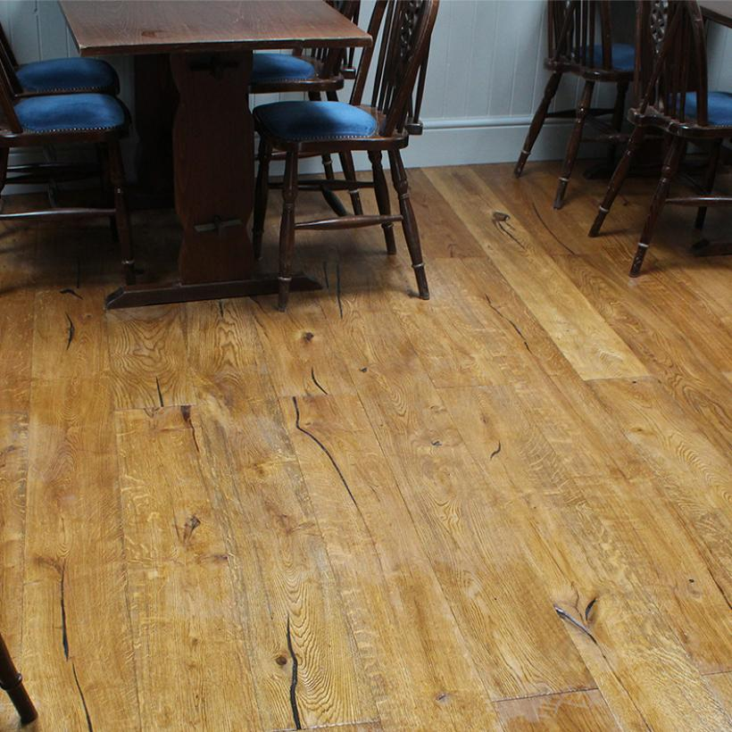 'Lundy' Distressed Oak Flooring