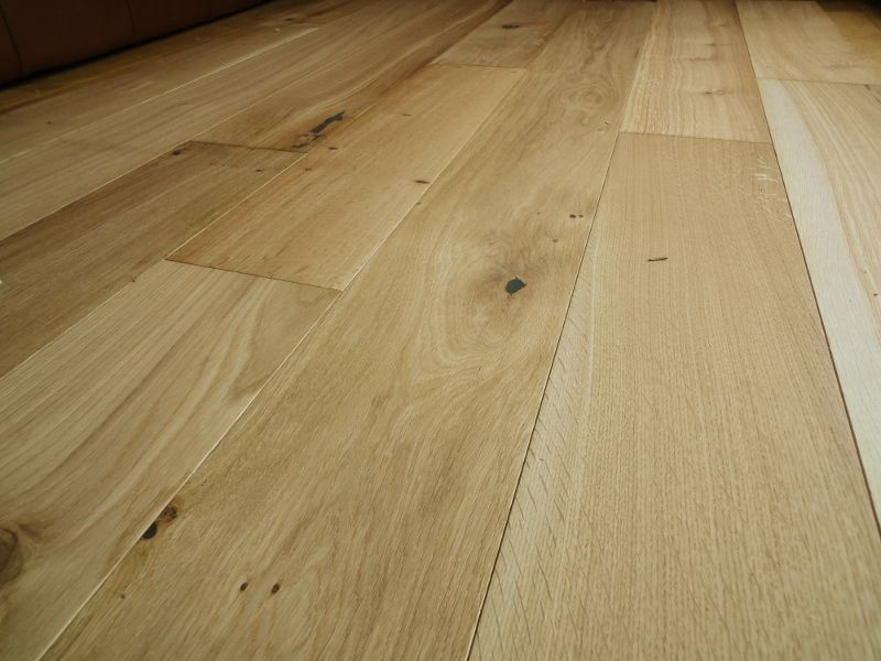 The New Country Range Of 14mm Thick Engineered Oak Flooring