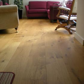 'Supreme' Engineered Oak Flooring | 220mm x 21mm